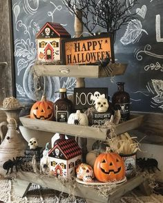 Cheap DIY Dollar Store Halloween Decoration ideas to spook your guests - Hike n Dip This Halloween spooke your guests with a scary and spooky Halloween decoration for your home. Try these Cheap DIY Dollar Store Halloween Decoration ideas. Halloween Living Room, Diy Halloween Home Decor, Farmhouse Halloween, Chic Halloween, Halloween Kitchen, Vintage Halloween Decorations, Halloween House, Halloween Crafts, Pumpkin Decorations
