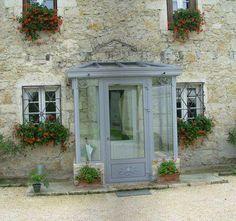 - the-veranda-enclosures-porches. Enclosed Front Porches, House Front Porch, Front Porch Design, Sas Entree, Veranda Interiors, Porch Extension, Veranda Design, Veranda Ideas, Glass Porch