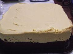 Prajitura preferata a nepoteilor mei, TURNURI GEMENE, cu crema fina care creeaza dependenta ⋆ Bensan Romania Cheesecake, Desserts, Food, Tailgate Desserts, Deserts, Cheesecakes, Essen, Postres, Meals