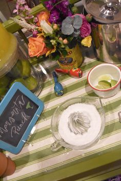 How to Throw a Fiesta Margarita Punch, Taco Bar, Great Recipes, Table Decorations, Food, Home Decor, Cinco De Mayo, Fiestas, Decoration Home