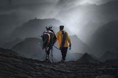 Long and misty road by Rarindra Prakarsa on 500px