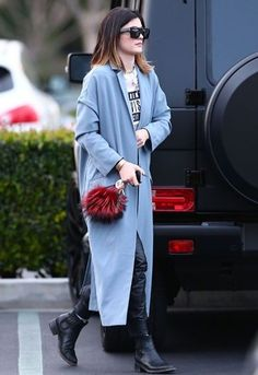 Kylie Jenner totally nails it in her ASOS coat: asos.to/1efYkHs... - Celebrity Street Style