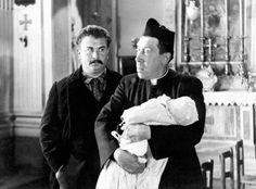 Don Camillo Regia: Julien Duvivier Cast: Fernandel, Gino Cervi Saga, Photo Star, Cinema Film, Priest, Actors & Actresses, Che Guevara, Tv Series, It Cast, Couple Photos