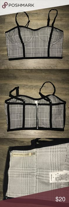 NWOT/MUSTARD SEED PLAID CHECK CROP TOP SZ:M NWOT/MUSTARD SEED PLAID CHECK CROP TOP SZ:M REAR ZIPPER CLOSURE‼️ BRAND NEW‼️ NEVER WORN‼️ ITEM IS AS IT'S DESCRIBED‼️ Mustard Seed Tops Crop Tops
