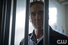 "The Flash -- ""Tricksters"" -- Image FLA117A_0343b -- Pictured: John Wesley Shipp as Henry Allen -- Photo: Diyah Pera/The CW -- © 2015 The CW Network, LLC. All rights reserved."