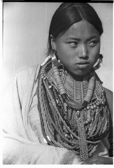 20 December 1936 Ethnic group: Konyak Naga Location: Shiong, Nagaland, Mon district, India Copyright: SOAS, Nicholas Haimendorf