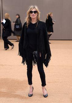 Kate Moss et sa robe tachée intriguent la Toile (Photo)