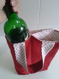 Bolsa porta vinho. ART Dea artesanatos