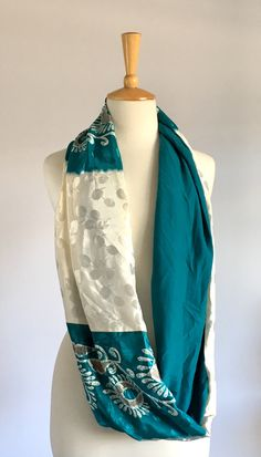 This beautiful patchwork snood is made in Cape Town from luxurious sari fabric and lined with a soft viscose lycra. Sari Fabric, Cape Town, Paisley, Scarves, Kimono Top, Teal, Silk, How To Make, Shopping