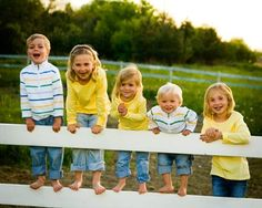 kids-on-fence cousin picture? this would be precious bcause we all used to do this :)