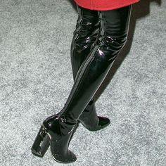 Jaime King Dior latex thigh high boots 1