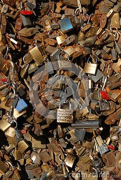 A lot of padlocks sign of eternal love