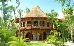 Featured on HGTVs Extreme Homes, Amazing Vacation Homes, Time Magazine. - OK - I found our family reunion spot!