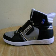 COOGI MENS SNEAKER BOOTS BNWT kicks are soo dope!!! COOGI Shoes