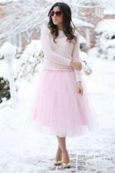 Cool 43 Stunning Winter Bridal Shower Guest Outfits Ideas. More at http://simple2wear.com/2018/03/09/43-stunning-winter-bridal-shower-guest-outfits-ideas/
