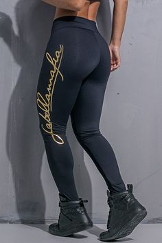 En - Produto - Pants Legging Hardcore Ladies Labellamafia - Fit You - Fashion Fitness - Loja de Roupas Fitness Fitness Fashion, Fitness Style, Fitness Clothing, Gym Outfit Men, Estilo Fitness, Look Plus Size, Sports Vest, Moda Fitness, Yoga Leggings