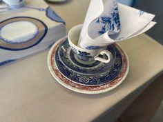 Love this combo Blue China, Plates, Tableware, Pink, Home Decor, Licence Plates, Dishes, Dinnerware, Decoration Home
