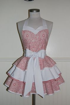 Okay, so I totally don't wear aprons, but how cute is this?!