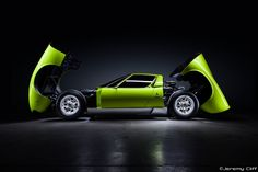 Lamborghini Miura S by Jeremy Cliff
