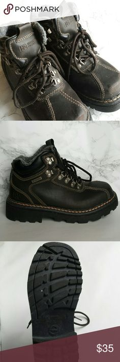 Men's Waterproof Rugged Outback Hiking Boots Excellent, heavy-stitched waterproof outdoor boots. Fleece-lined. Says size 9, but runs a half-size smaller (hence why it has to be sold...). Worn only a handful of times inside the house to test out. Be as-if buying in store. Rugged Outback Shoes Boots
