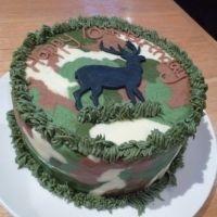 Deer and camo Cake