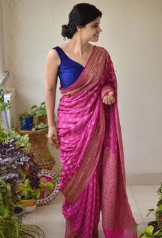 Chakori Ethnic Saree With Contrast Blue Saree Blouse Pink Chakori Ethnic Saree With Contrast Blue Saree Blouse.Pink Chakori Ethnic Saree With Contrast Blue Saree Blouse. Purple Saree, Pink Saree Silk, Pink Saree Blouse, Cotton Saree, Chanderi Silk Saree, Brocade Saree, Bridal Silk Saree, Silk Saree Blouse Designs, Saree Trends