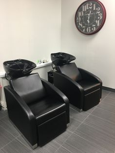 Sinks at The Colour Lounge by Samantha George! Modern Hollywood theme Salon
