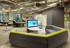 Modern and Innovative Interior Design of Skype's Palo Alto Office Office Space Design, Workspace Design, Office Interior Design, Office Interiors, Office Designs, Office Spaces, Lounge Design, Design Furniture, Office Furniture