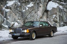 Mercedes Motoring - 1984 230CE Gasoline Coupe