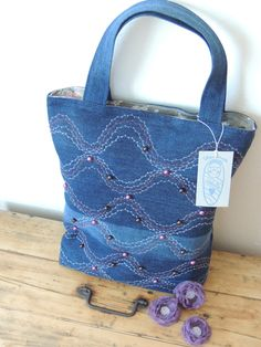 Tote Bag, recycled denim, pretty details, crafting idea, bag, upcycle, reuse, awesome