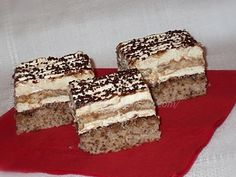 dian@'s cakes: Prajitura Deliciu Hungarian Cake, Romanian Food, Romanian Recipes, Good Food, Yummy Food, Nutella, Tiramisu, Great Recipes, Biscuit