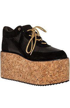 f4676d21fdb7 The Qozmo Qorq Shoe in Black and Gold -  37.95