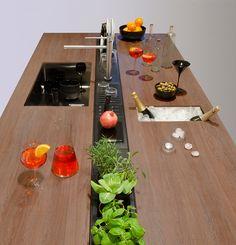 EASYRACK KITCHEN STEP Canale attrezzato per cucina by DOMUSOMNIA/Easyrack Kitchen Step is a equipped track for your kitchen by DOMUSOMNIA