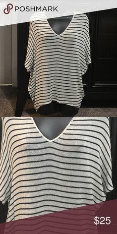 Karlie Sweater Lightweight Karlie Top. Worn once. Excellent condition. karlie Tops