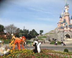 Rêves Connectés en photos – Album Disneyland Paris – Galerie : En attendant la balade printanière de Disneyland Paris #swingintospring #baladeprintaniere #disneylandparis @Disneyland Paris
