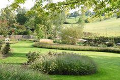 Filip Van Damme Landscaping Around Pool, Modern Landscaping, Garden Landscaping, Sloped Garden, Garden Pool, Garden Plants, Formal Gardens, Outdoor Gardens, Landscape Design