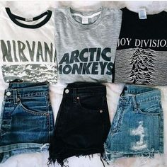 shorts with band shirts Grunge Outfits, Punk Rock Outfits, Tumblr Outfits, Cool Outfits, Casual Outfits, Band Tee Outfits, Neo Grunge, Mode Grunge, Grunge Style
