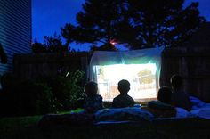7 Tips for a Fabulous Outdoor Movie Night