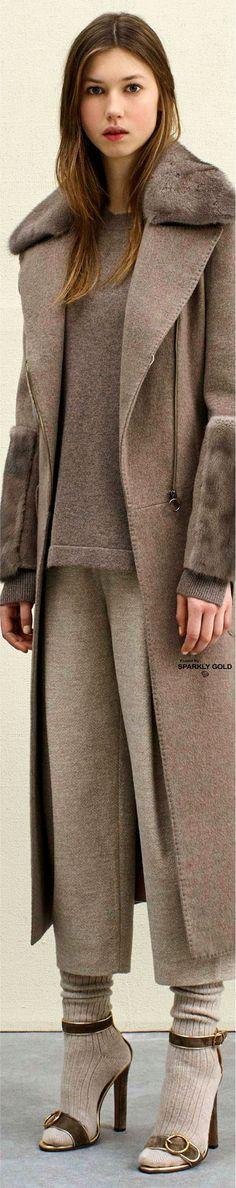 Agnona Pre-Fall 2017 Fur Fashion, Couture Fashion, Fashion Outfits, Winter Wear, Autumn Winter Fashion, Dressed To The Nines, Shirt Skirt, Furs, Dress Codes