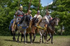 Late Empire Roman cavalry. Just add stirups and kite shields and you have knights. This was delayed by five centuries due to the collapse of a civilization.