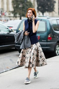 Retro inspired street style. Gorgeous floras circle skirt on Taylor Tomasi Hill.