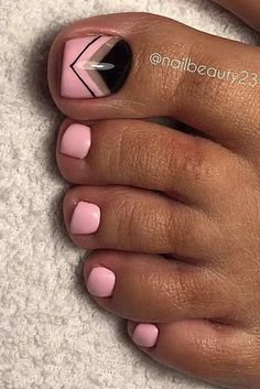 Charming Toe Nails Designs picture 3