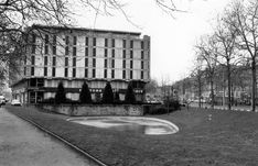 "NANTES la ville d'après guerre: NANTES immeuble ""Neptune"" Neptune, Saint Nazaire, Sidewalk, Brittany, War, Side Walkway, Walkway, Walkways, Pavement"