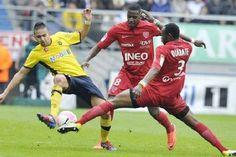 """(Ole.vn) – Dijon đang nắm giữ cơ hội kéo dài khoảng cách về điểm với các đối thủ xếp sau khi thi đấu ở trận cuối cùng tại vòng 11 với đội bóng """"chiếu dưới"""" Valenciennes.  Hạng 2 Pháp, vòng 11 – Sân..."""
