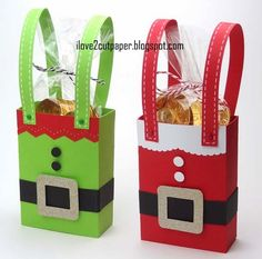 i love 2 cut paper: Santa and Elf Gift boxes Mais Christmas Treat Bags, Christmas Favors, Christmas Sweets, Noel Christmas, Christmas Gift Wrapping, Christmas Paper, Christmas Decorations, Christmas Ornaments, Christmas Candy