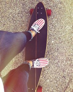 (Happy 4th of July) longboards, skateboards, skating, skate, skateboarding, sk8, carve, carving, cruising, bombing, bomb hills not countries, hills, roads, pavement, #longboarding #skating