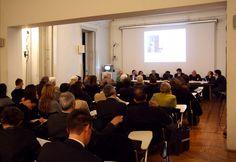 La conferenza di Martedì 17 Aprile    Visioni virtuali - Progetti reali.  La Fondazione Franco Albini presenta il Museo Virtuale sulle Esposizioni di Franco Albini realizzato in collaborazione con Accenture.