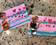 Kindergarten Smiles: Valentine 's Day Craft - My Classroom - Valentinstag Toddler Valentine Crafts, Toddler Crafts, Kids Valentines, Valentines Anime, Valentines Sweets, Homemade Valentines, Valentine Wreath, Valentine Box, Valentine Ideas