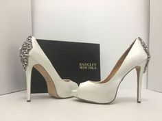 6cabe1fe1523 Badgley Mischka Kiara White Satin Women s Evening Platform High Heels Pumps  9 M