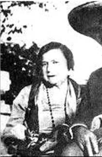 """Arizona Donnie Clark """"Kate"""" Barker Known as the infamous """"Ma"""" Barker. Maternal advisor to the so-called """"Barker Gang"""". Barker was killed in a shoot-out on Lake Weir, Florida, by FBI agents headed by Edward J. 1920s Gangsters, Famous Outlaws, Mafia Gangster, Saints And Sinners, Life Of Crime, Grave Memorials, Find A Grave, Interesting History, Crazy People"""